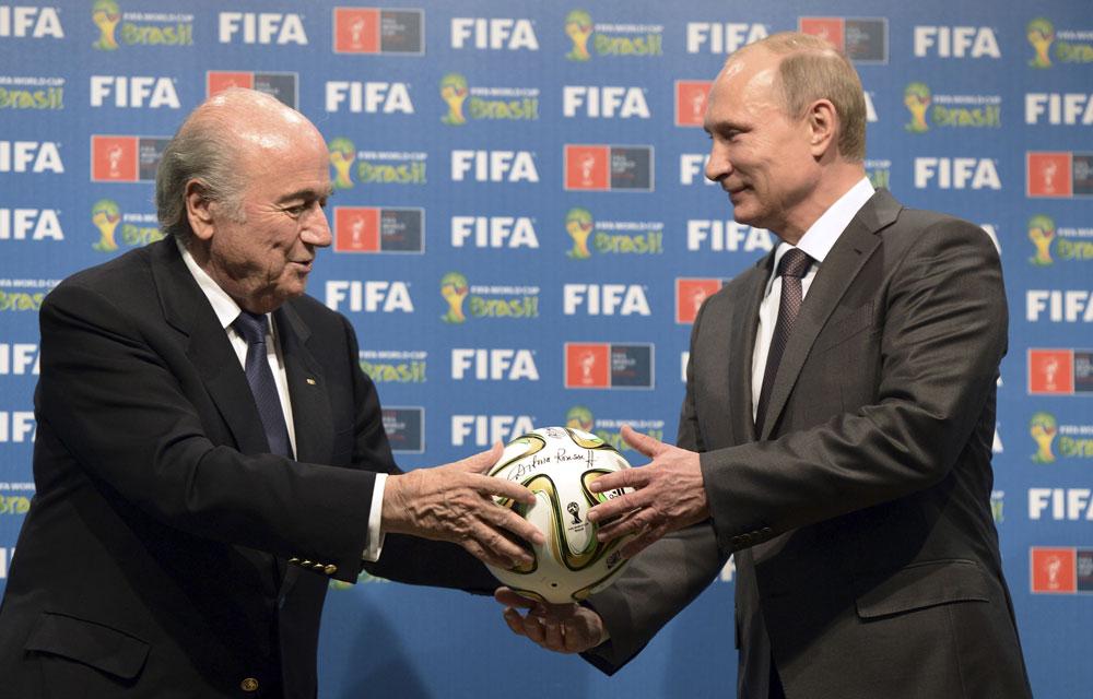 Vladimir-Poutine-et-Sepp-Blatter