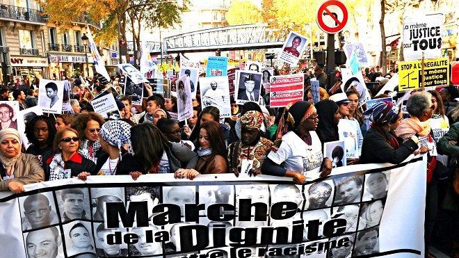 ON ÉTAIT À LA MARCHE DE LA DIGNITÉ DU SAMEDI 31 OCTOBRE